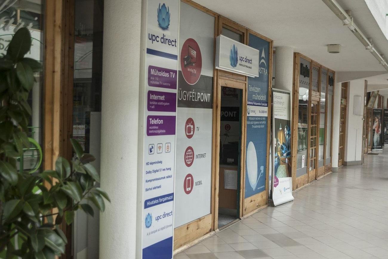 Üzletünk - Pécs Rákóczi 46. Kereskedők Háza 1. emelet, UPC, MinDig TV, műholdas és földi vétel, antenna, erősítő, beltéri, Pécs